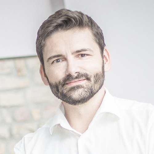 Dr. Thomas Schwenke
